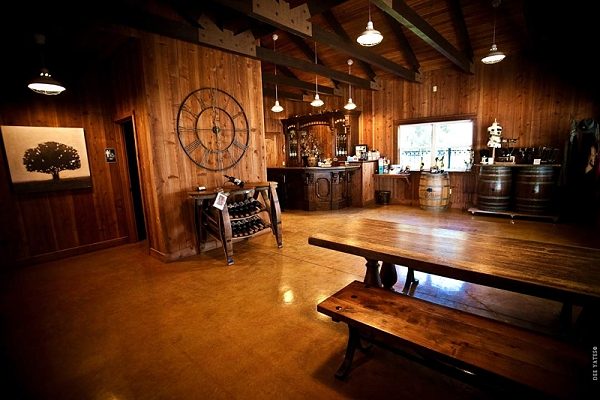 Oak Farm Vineyards Tasting Room